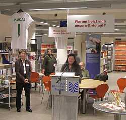 VHS Ausstellung Klima schützen kann jeder, Stadtbibliothek Bremen Am Wall